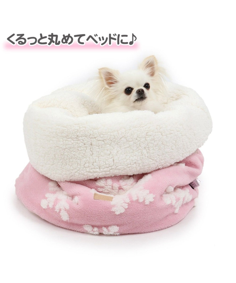 PET PARADISE ペットパラダイス 遠赤外線 雪柄 筒型 寝袋カドラーM 42×70 ピンク(淡)