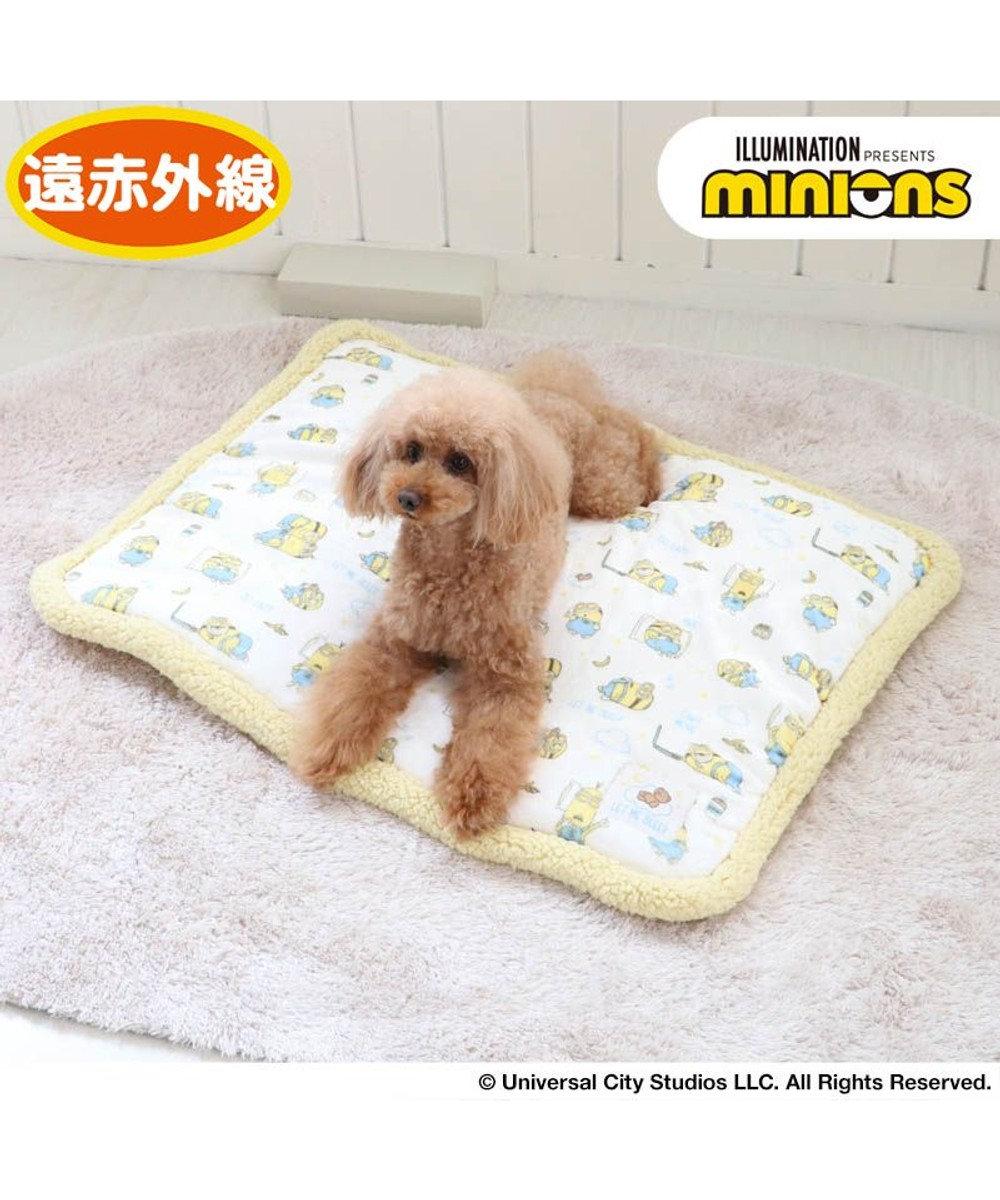 PET PARADISE 犬 マット 遠赤外線 ミニオン ボア マット (80×60cm) おやすみ柄 犬 猫 ベッド 小型犬 おしゃれ かわいい 黄